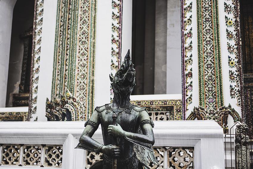 nachouve-bangkok-bershka-012.jpg