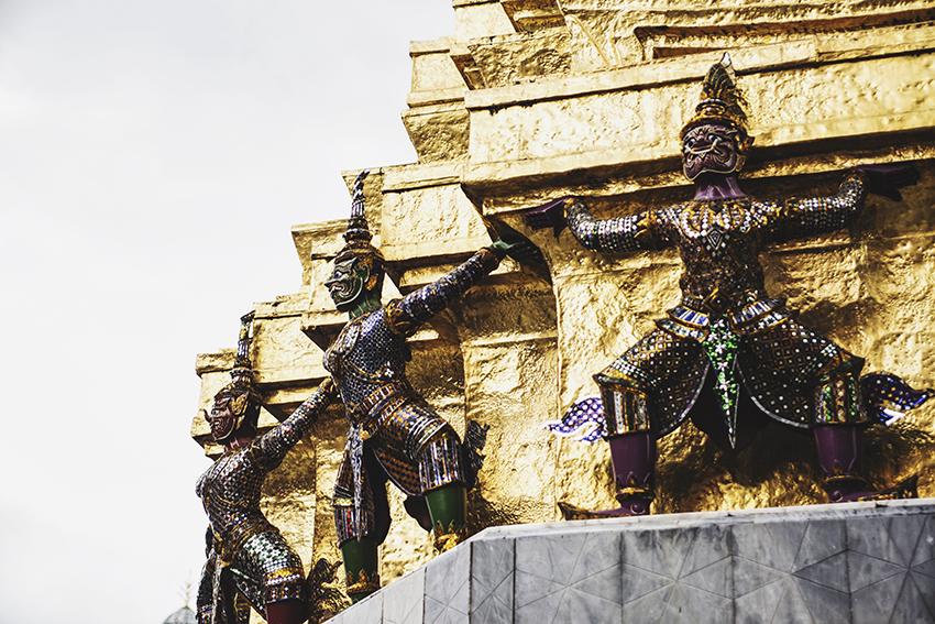 nachouve-bangkok-bershka-013.jpg