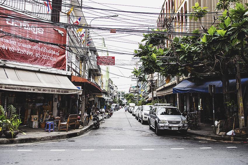 nachouve-bangkok-bershka-02.jpg